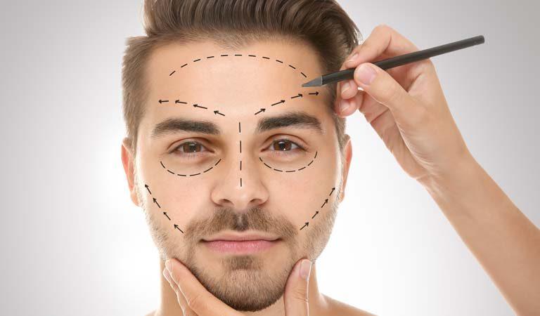 Las cirugías plásticas más populares entre los hombres